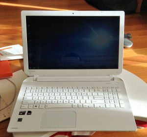 New Laptop, Toshiba satellite, 'Skullcandy'